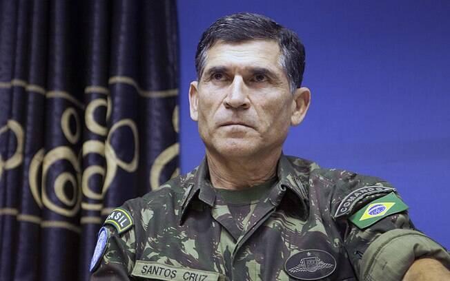Ministros de Bolsonaro: próximo ministro, general Santos Cruz tem larga experiência internacional e já chefiou missões de paz da ONU no Haiti e no Congo
