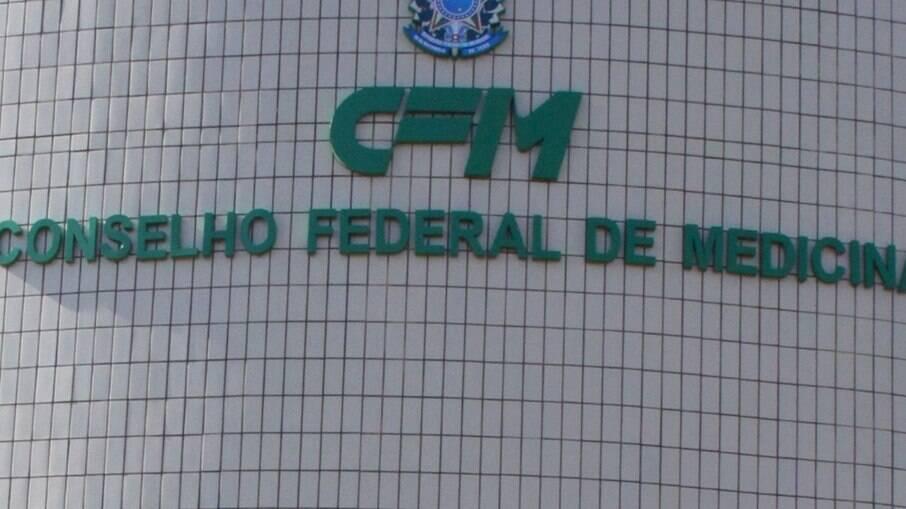 Vice-presidente do CFM respaldou 'kit-covid' e MPF abre investigação