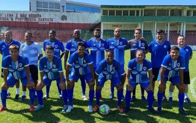 Equipe formada por atletas que passaram pelo Santos venceu Portuguesa Santista