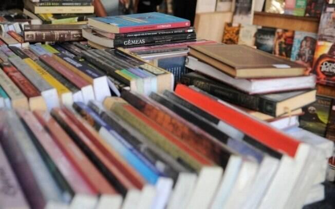 Segundo MEC, livros adotados seguem parecer de comissão de especialistas para cada disciplina