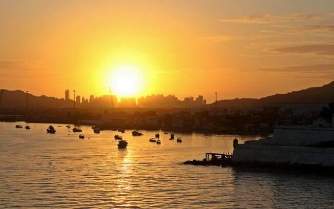 O chamado solstício de verão é um fenômeno astronômico que marca o início do inverno, em julho, e do verão em dezembro