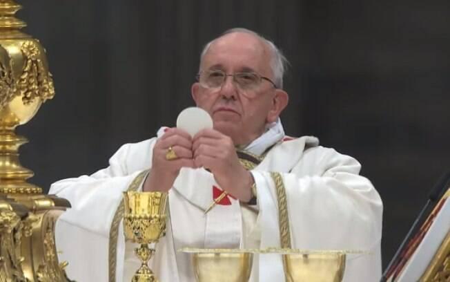 Francisco citou a desigualdade, o consumismo e a ganância durante a Missa do Galo deste ano