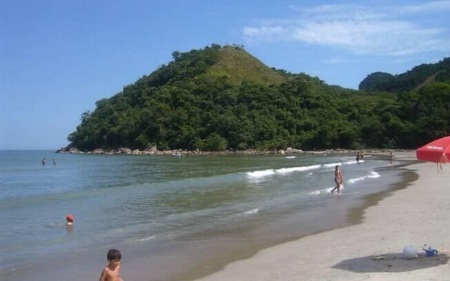 Dia das Crianças: a praia de Guaecá, em São Sebastião, é das menos movimentadas no litoral norte