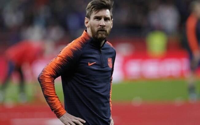 Lionel Messi, com mais de R$ 530 milhões em ganhos é o jogador mais bem pago do mundo, muito à frente de Cristiano Ronaldo e os demais
