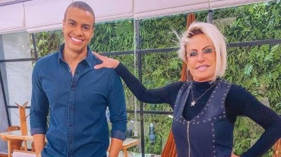 Ana Maria Braga dá cantada em repórter