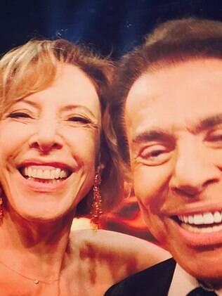 Marília Gabriela e Silvio Santos fizeram selfie
