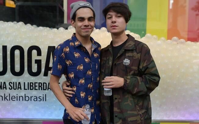 Calvin Klein comemora orgulho LGBT em evento na loja da Oscar Freire. Foto   Rodrigo 812ed8c66d
