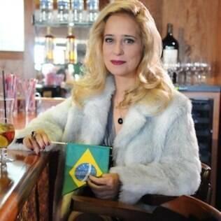 Paloma Duarte ficou loira para a personagem misteriosa de