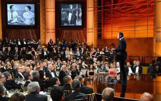 John Travolta apresentou-se para a plateia lotada