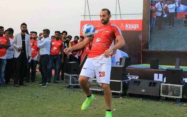 Hernán Barcos vai jogar em Bangladesh
