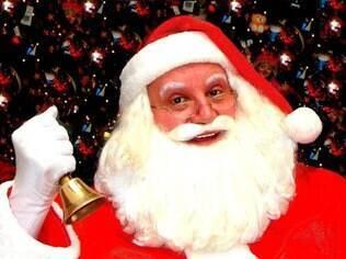 Silvio Ribeiro se orgulha de ser o Papai Noel mais antigo na profissão