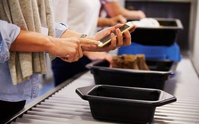 Na web, funcionários que trabalham em aeroporto contaram quais os itens mais estranhos já vistos na bagagem de mão