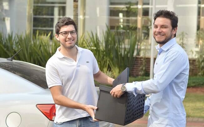 """Cofundadores da plataforma: João Paulo Albuquerque e Marlon Pascoal """"Eu precisava encaminhar uma entrega para outra cidade com urgência, mas as alternativas não me agradaram nem um pouco"""