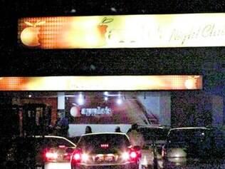 Aplee's Night Club, casa noturna localizada no setor de de hotéis