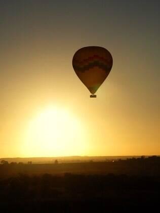 Difícil achar uma mãe de Aries que não curta a aventura de assistir ao pôr do sol numa viagem de balão