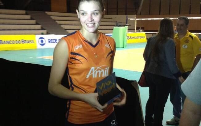 Rosamaria já foi eleita a melhor em quadra na  Superliga
