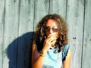Com a nova regra, fica proibido o uso de cigarro, cigarrilha, charuto, cachimbo e outros produtos do gênero em locais de uso coletivo
