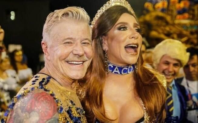 Marisa Orth ajudou a homenagear Miguel Falabella fantasiada como Magda de