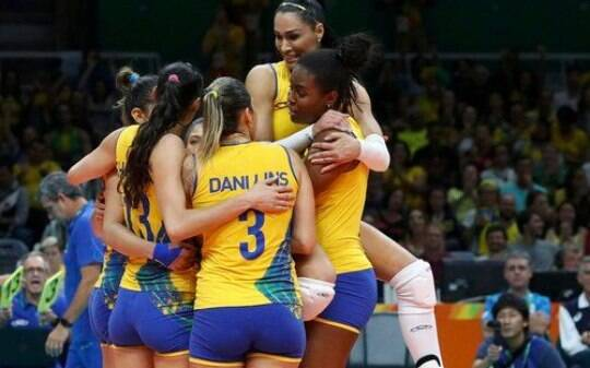 Brasil atropela Rússia no vôlei feminino e encara China - Olimpíadas - iG 2c66d70038a91
