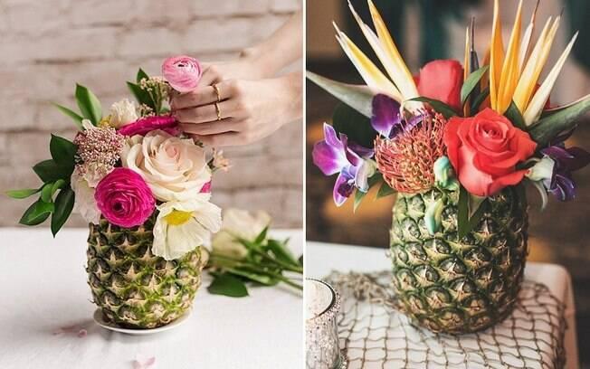 Arranjos de flores bem coloridas também são bem-vindos e, para acompanhar, que tal um vaso bem tropical?