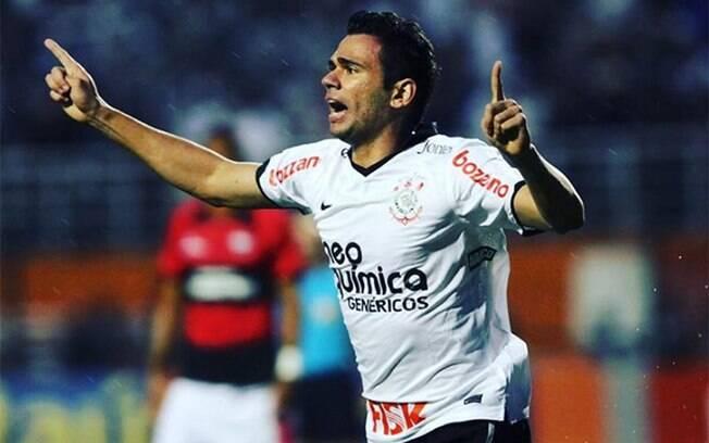 Castan com a camisa do Corinthians