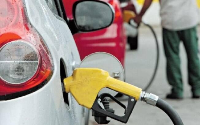Reajuste nas alíquotas do PIS/Pasep e do Cofins sobre combustíveis elevou preço da gasolina em todo o País
