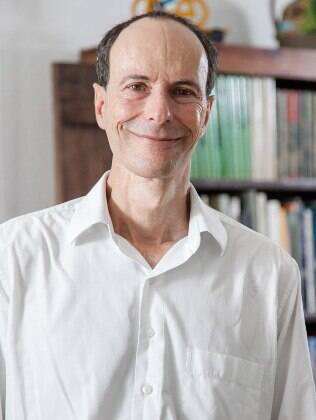 O terapeuta Luiz Alberto Hanns é autor do livro