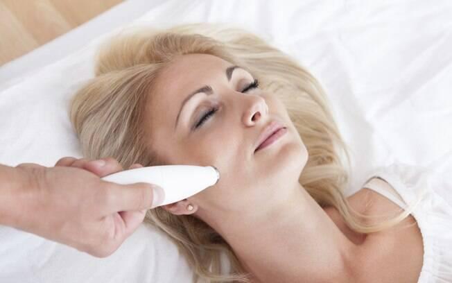 Tratamentos de pele mais invasivos e agressivos têm melhores resultados quando feitos no outono e inverno