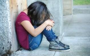 Mídias sociais elevam depressão principalmente entre as meninas, diz pesquisa