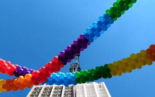 Nesta edição, a Parada do Orgulho LGBT  de São Paulo traz o slogan