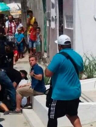 Fã de Luciano Huck tenta se matar na frente do apresentador durante gravação em Fortaleza