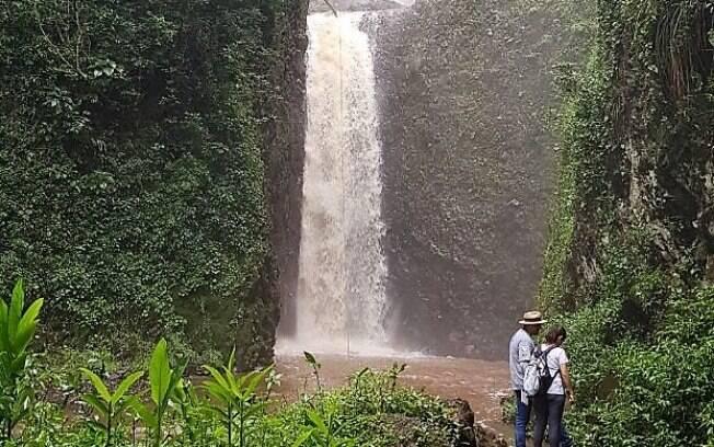 A cachoeira Cassorova é um dos passeios em Brotas indicados por ser eleita a mais bonita de São Paulo