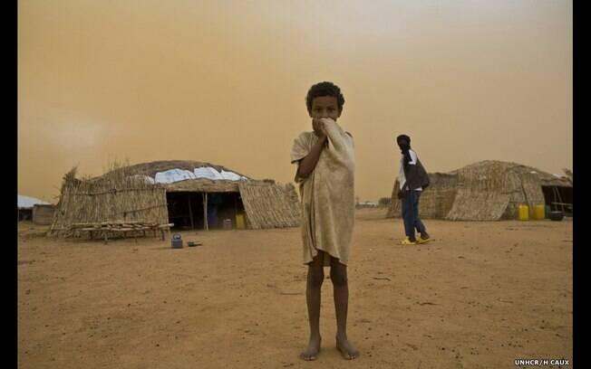 'Assafa me disse que queria ser professora, e que queria voltar para sua casa no Mali', diz Helena Caux sobre a menina de 6 anos da foto. Foto: H. Caux/ Acnur