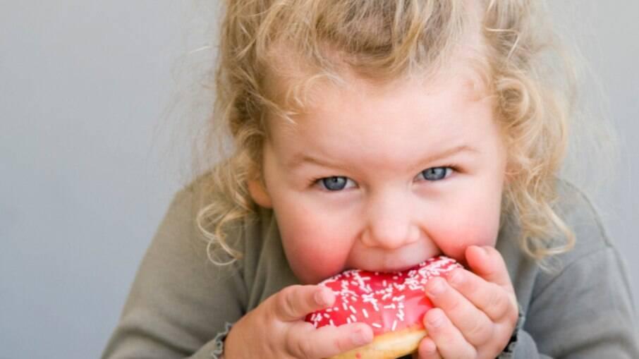 Crianças têm risco maior de sobrepeso quando expostas à poluição