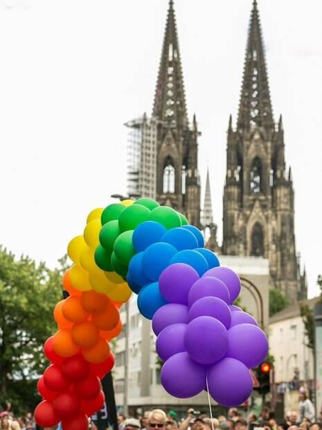 """Colônia é conhecida como como """"capital gay da Alemanha"""" e possui uma forte influência LGBT"""