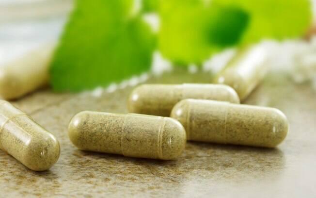 Fique atento à regulamentação do medicamento mesmo quando ele for feito à base de plantas