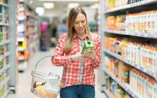 Escolher o melhor suco, por exemplo, garante nutrientes e praticidade para completar a alimentação