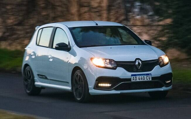 Renault Sandero R.S: de acordo com pesquisa da Axalta o branco está em 38% dos carros no mundo, seguido do preto, com 19%