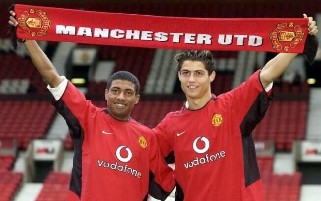 Kleberson e Cristiano Ronaldo foram apresentados juntos no Manchester United, mas brasileiro não foi bem