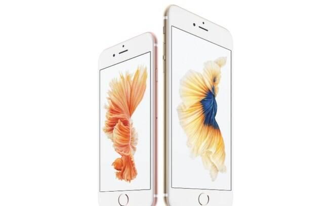 iPhone 6s em tela de 4,7 polegadas enquanto o iPhone 6s Plus tem tela de 5,5 polegadas