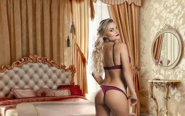 Thaiz Schmitt é ex coelhinha da 'Playboy'