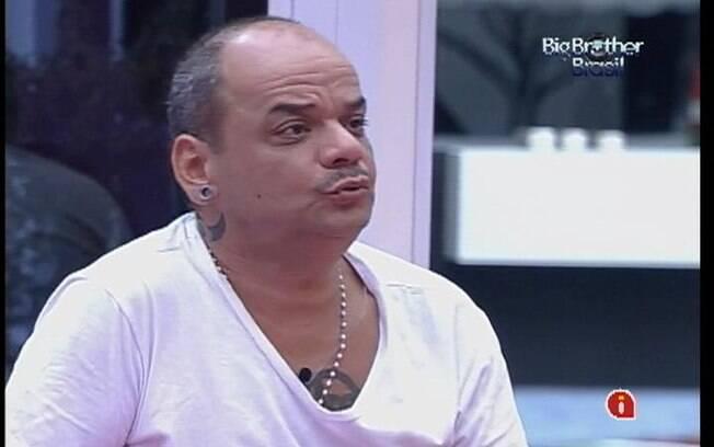 João Carvalho desabafa com Jonas sobre a perda do pai