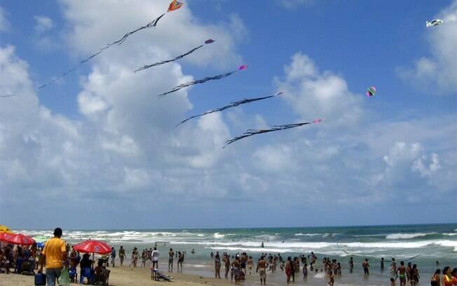 Com oito quilômetros, a Praia do Futuro é a mais famosa de Fortaleza