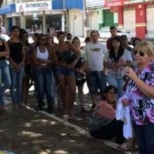 A mãe de João Antônio, Maria Divina Barbosa: