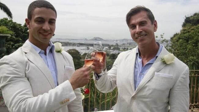 Brasileiro se casa com príncipe italiano no Rio