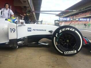 A Williams de Massa ainda foi destaque pela quantidade de voltas na pista: 103