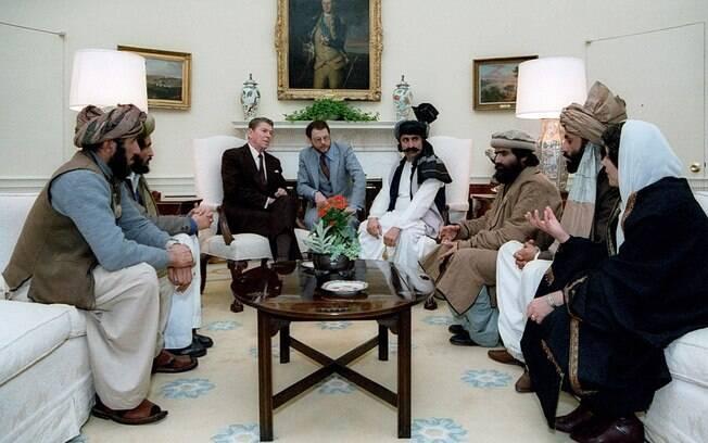 Guerrilheiros islâmicos na Casa Branca nos anos 1980