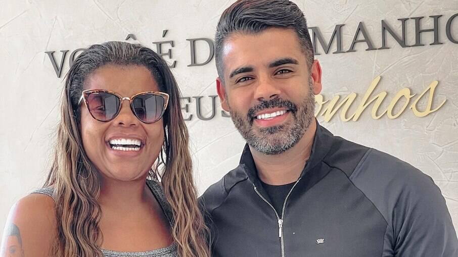 Tati Quebra Barraco e Vitor Moretti