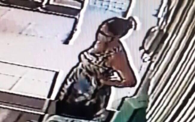 Gravidez falsa foi sustentada por nove meses e descoberta após companheiro acionar polícia por desaparecimento
