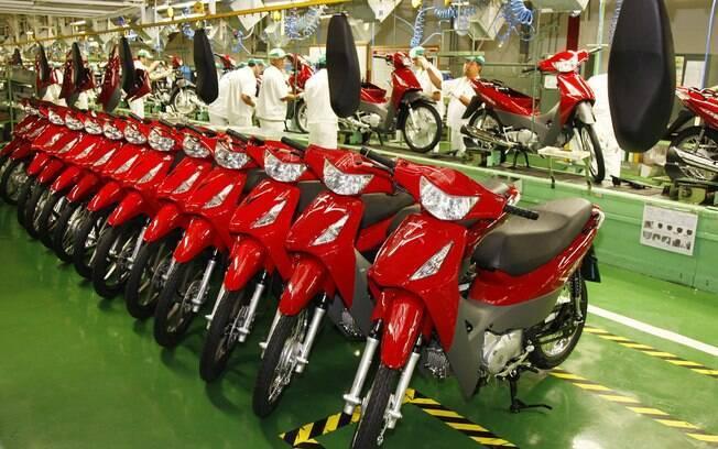 Linha de montagem de motos da Honda